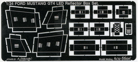 1/24 FORD MUSTANG GT4 Reflector Box Set.